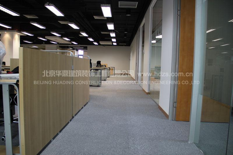 办公区走廊实景照