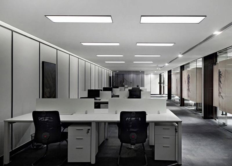 黑白搭配的办公室装修设计